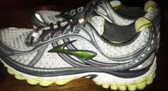 7c4b40ba972 Best Shoes For Flat Feet  Brooks Trance 11 Running Shoes Review