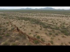 An Enormous Mysterious Crack Just Opened Up In The Middle Of The Arizona Desert – Awareness Act