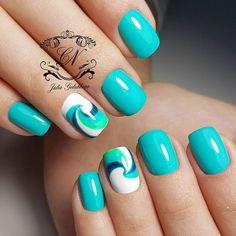 28 Ideas For Manicure Pedicure Designs Perfect Nails Pedicure Designs, Manicure E Pedicure, Toe Nail Designs, Green Nails, Blue Nails, Hair And Nails, My Nails, Pretty Nail Art, Glitter Nail Art