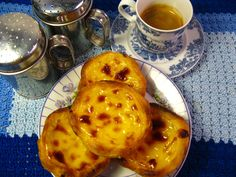 Búzio Café - Praia das Maçãs Custard tarts pasteis de nata portuguese cakes bakery Portugal Sintra