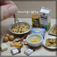 Cookies baking story part 2 #clay #miniature #clayminiature #claycraft #craft #handmade #tiny #foodminiature #fakefood #clayfood #airdryclay #miniaturestuffs #miniatur #miniaturclay #miniaturlucu #miniaturmurah #kado #carikado #souvenir #souvenirlucu #souvenirunik #jualan #malang #onlineshopmalang #pajangan #jualclay #customorder #reinveesproducts