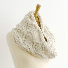 Ravelry: Walnut Snood pattern by Kyoko Nakayoshi
