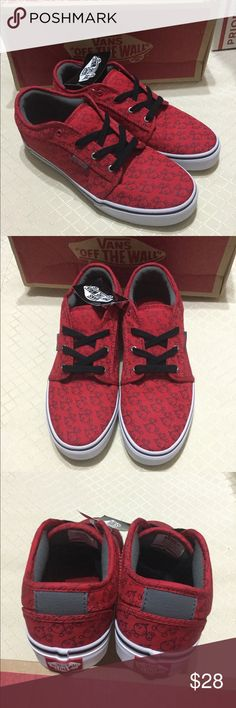 New Authentic Vans Youth Sneakers Chukka Low. Nice Nintendo red Bob-Omb  design top