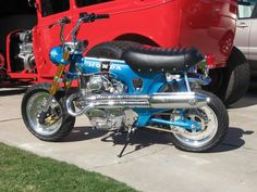 Honda ST70 Dax with 350cc engine conversion.
