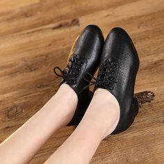 New Women Dance Shoes Soft Split Sole Ballroom Dancing Practice Shoes Low Heel