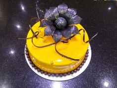 #glaçagem #glaze #flower #black #amarela #sejafoda #feliperochadecorcakee