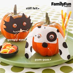 Masked Pumpkins: Adorn your tabletop with one of our pet projects: a pair of trick-or-treating pumpkins. Easy Halloween Crafts, Holidays Halloween, Halloween Kids, Halloween Pumpkins, Holiday Crafts, Halloween Party, Holiday Ideas, Holiday Fun, Holiday Decor