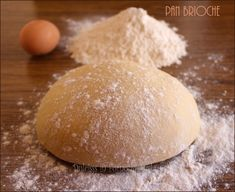 Pan brioche semplice o pasta brioche o pasta lievitata con lievito di birra
