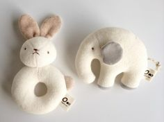画像1: 【天衣無縫】オーガニックコットン がらがら うさぎ・ぞう/おもちゃ/ギフト/ベビー/日本製