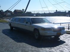 Lincoln Towncar Stretch Limo - 1995