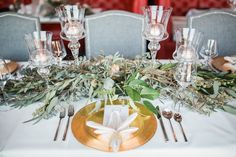 Foliage arrangements promise to be a big trend this year. Paired with cream and gold tones, they instantly becomes classic and timeless. Cream And Gold, Table Decorations, Beautiful, Big, Classic, Design, Home Decor, Planner Organization, Weddings