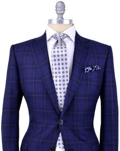 Pretty cool blazer (thou the fit is just plain awful even for a mannequin).