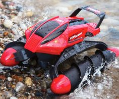 Screw Driven Amphibious R/C Vehicle #LavaHot http://www.lavahotdeals.com/us/cheap/screw-driven-amphibious-vehicle/122428