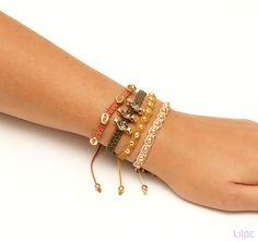 Lilac Acessórios - Kit pulseira botão, bolinha, strass Dourada Inverno Brincos, Colares, Pulseiras, Anéis, Bolsas. Semi Jóias e Bijoux - Moda Feminina