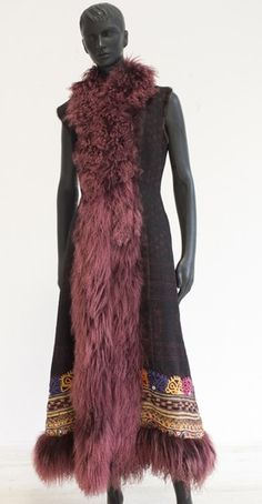 East meets West when Italian designers reinvent Indian and Asian fabrics at http://indaliafashion.com/