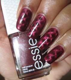 Essie Magnetic Nail Polish Sssssexy Magnetic Nail Polish, Essie Nail Polish, Make Up Time, Pedi, Nail Colors, Swatch, Nail Art, Nails, Twitter