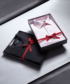 Make his Christmas with a Paul Costelloe Living shirt and jumper Stocking Fillers, Jumper, Shirt Designs, Gift Wrapping, How To Make, Christmas, Gifts, Men, Gift Wrapping Paper