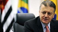 Novo presidente da Petrobras processa ex-motorista +http://brml.co/18VO5Mr