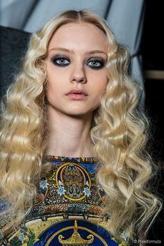 1000 ideas about mermaid waves on pinterest curls hair