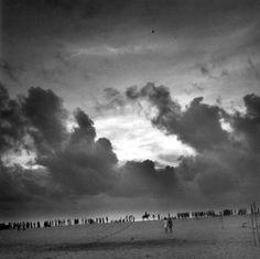 Bernard Descamps tag: sky