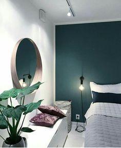 53 Ideas for bedroom green accents wall Bedroom Green, Bedroom Colors, Bedroom Inspo, Home Decor Bedroom, Bedroom Plants, Bedroom Ideas, Bedroom Modern, Trendy Bedroom, Modern Room