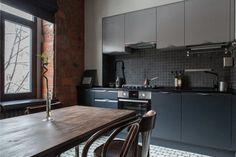 Кирпичная стена в интерьере кухни в стиле лофт
