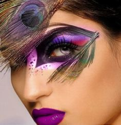 Peacock Eye Makeup, using a brighter and vibrant colors.