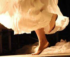 HiPuglia: Da rito magico a festa di musica. La Notte della Taranta  http://www.hipuglia.com/2011/11/da-rito-magico-festa-di-musica-la-notte.html