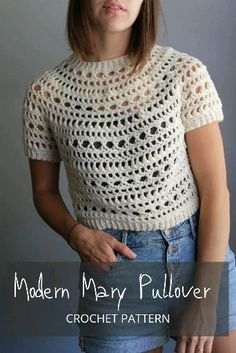 # crochet clothes for beginners Modern Mary Pullover - A beautifully textured top that's made in the round! Blouse Au Crochet, T-shirt Au Crochet, Pull Crochet, Mode Crochet, Black Crochet Dress, Crochet Shirt, Single Crochet Stitch, Basic Crochet Stitches, Crochet Basics