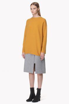 Rib textured wholegarment wool knit top