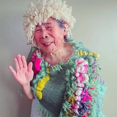 Artist Chinami Mori weaves delightfully colorful creations, her cheerful grandmother models them, and together they're a match made in Coral Bleaching, Perfect Model, Textiles, Rare Birds, Advanced Style, Instagram Blog, Weaving Techniques, Favorite Person, Costume Design