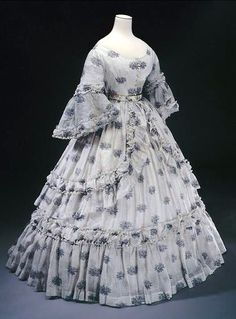 Dress, c. 1850. ↳  Cross-Museum – art from French museums