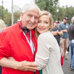#TBT to Kate Hudson and Garry Marshall on the set of #MothersDayMovie - see it in theaters April 29th!