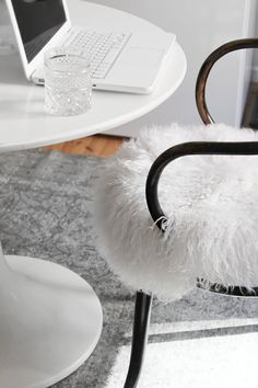 write keep it white Interior Styling, Interior Design, Paris Home, White Apartment, Beautiful Homes, Beautiful Things, Black And White Design, Love Design, Inspired Homes