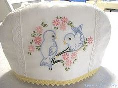 Prim Rose Hill Studio: tea cozies - looks a little like an old pillow case....