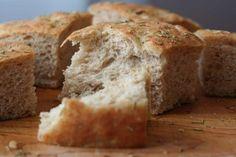 Ξεμείνατε από μπαγιάτικο ψωμί; Κάντε αυτό το κόλπο και σε λίγα λεπτά θα έχετε μπαγιάτικο ψωμί!