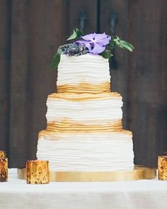 Wedding Cakes  :     Picture    Description  wedding cake table; photo: Rob & Wynter Photography