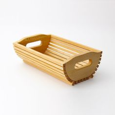 Pin on kader Pin on kader Wooden Art, Wooden Crafts, Wood Tray, Wood Boxes, Bamboo Furniture, Cardboard Furniture, Bamboo Crafts, Small Wood Projects, Woodworking Tips