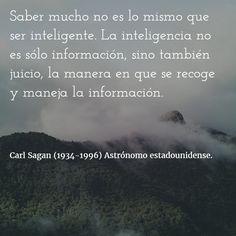 Carl Sagan (1934-1996) Astrónomo estadounidense. #citas #frases