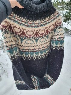 Fair Isle Knitting Patterns, Knitting Designs, Knitting Projects, Icelandic Sweaters, Nordic Sweater, Sweater Design, Textiles, Beautiful Outfits, Knitwear