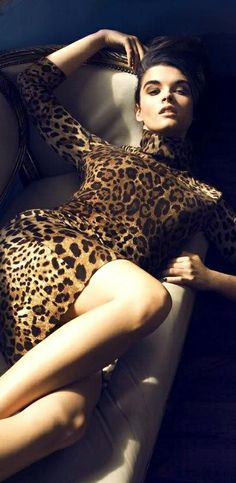 WIld thing, she makes my heart sing.... What glamour girls doesn't love a Leopard print dress?