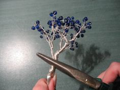How to make a wire tree. Wire Tree - Step 9