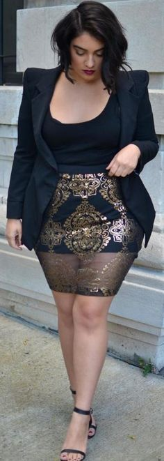 Sheer Gold- beautiful skirt! ----- body diversity / plus size fashion / this would be great for a date night