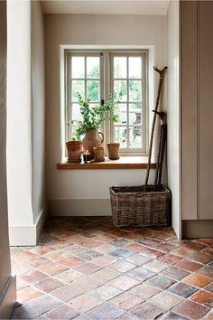 Brown Furniture, Antique Decor, Cottage Interiors, Mudroom, Interior Inspiration, Decoration, Living Spaces, Sweet Home, Flooring