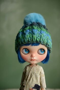 Hey, I found this really awesome Etsy listing at https://www.etsy.com/listing/219243852/handmade-knit-hat-for-blythe-dolls-pom