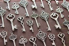100 Heart Skeleton Key Collection Antiqued by PineappleSupply, $35.00