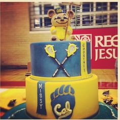 Missy Franklin gets rewarded with this delicious cake for picking the best school and team in the nation! #RollOnYouBears