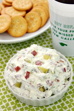 The classic Dill Pickle Wraps you love - in an easier to make, but just as delicious dip! With only 4 ingredients and less than 10 minutes to make, this will be your go-to appetizer! Quick Appetizers, Appetizer Dips, Appetizers For Party, Appetizer Recipes, Party Dips, Dip Recipes, Yummy Recipes, Homemade Ham, Homemade Pickles