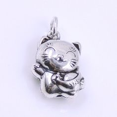 Lucky Cat with Wealth Pendant - S925 Sterling Silver - Wholesale by Gem & Silver WSP250CX1