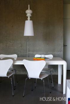 Arne Jacobsen Series 7 Seating